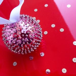 PASZTELL-RÓZSASZÍN Flitteres karácsonyfadísz, Dekoráció, Karácsonyi, adventi apróságok, Ünnepi dekoráció, Karácsonyfadísz, Gyöngyfűzés, Mindenmás, Különlegesen csillogó Pasztell-rózsaszín karácsonyfadísz, saját készítésű - aprólékosan kidolgozott..., Meska