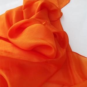 Narancs selyemkendő 90x90cm (laudehandmade) - Meska.hu