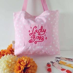 Andilndr Lady Boss válltáska, Táska & Tok, Bevásárlás & Shopper táska, Shopper, textiltáska, szatyor, Festészet, Varrás, A termékek mintáját Andi (Andilndr) tervezi, a táskákat pedig én (Laud) tervezem és varrom. Minden t..., Meska