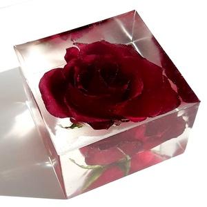 La Belle Rose Forever, Otthon & Lakás, Dekoráció, Csokor & Virágdísz, Virágkötés, A La Belle Rose Forever egy ellenállhatatlan és valóban különleges ajándék.\n\nAmennyiben igazi örök r..., Meska