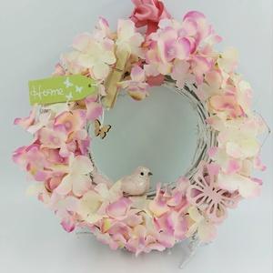 Pasztell hortenzia tavaszi ajtódísz, Otthon & Lakás, Dekoráció, Ajtódísz & Kopogtató, Virágkötés, Csupa virágos ajtódísz gyönyörű pasztell rózsaszínben\nFa fehér alapon rózsaszín és fehér hortenzia, ..., Meska