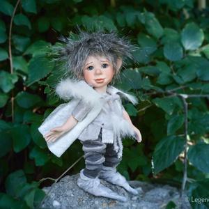 Erik - manó figura mozgatható porcelánbaba kabala - manó herceg inkognítóban (LegendLand) - Meska.hu