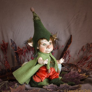 Timó - bájos kobold manó figura mozgatható porcelánbaba kabala porcelán baba porcelán figura karácsonyi figura (LegendLand) - Meska.hu