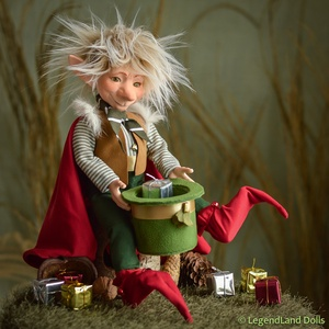 Alfréd karácsonyi manó, nosztalgia porcelánbaba, porcelán baba (LegendLand) - Meska.hu