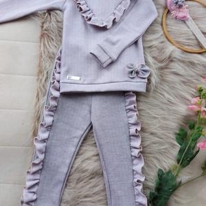 Kislány elegáns melegítő szett világos mályva, Ruha & Divat, Babaruha & Gyerekruha, Pulóver, Varrás, Pihe-puha jersey kétoldalas jaquard mintás világos szürke-rózsaszín anyagból készült ez a kislány sz..., Meska