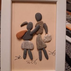 Kavicskép - Anya és kislánya, Kép & Falikép, Dekoráció, Otthon & Lakás, Mindenmás, Az IKEA-ban vásárolt, 13 x 18 cm-es fehér  képkeretbe egyedi képet készítettem kavicsokból ragasztás..., Meska