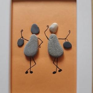 Kavicskép - Barátnők, Kép & Falikép, Dekoráció, Otthon & Lakás, Mindenmás, Az IKEA-ban vásárolt, 13 x 18 cm-es fehér  képkeretbe egyedi képet készítettem kavicsokból ragasztás..., Meska