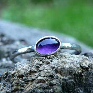 Ezüst Ametiszt gyűrű, Szoliter gyűrű, Gyűrű, Ékszer, Ékszerkészítés, Ötvös, Ametiszt (6x4mm) ezüstbe foglalva. \n\nEzüstékszereimet hagyományos ötvös technikával, keményforrasztá..., Meska