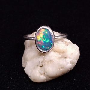 Ezüst Etióp Opál gyűrű, Ékszer, Gyűrű, Ékszerkészítés, Ötvös, Etióp Opál  ezüstbe foglalva. Gyönyörű szinei vannak, ebben a kőben ott egy egész szivárvány. \n\n!!! ..., Meska