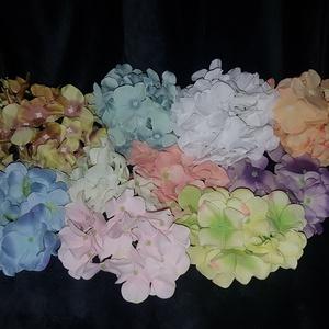 Hortenzia 13cm sok színben, Dekorációs kellékek, Egyéb kellékek, Virágkötészet, Hortenzia 13cm sok színben \nTermékeim közt találsz nagyobb kiszerelésű száraz terméseket és egyéb ho..., Meska