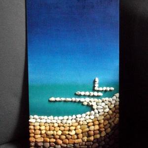 Kavicsok, tenger..., Dekoráció, Otthon & lakás, Kép, Képzőművészet, Vegyes technika, Festészet, Mozaik, 36X20 centiméteres, farostlemezre készített kavicskép Mosmár tudom, mire való az az érdekes nevű és ..., Meska