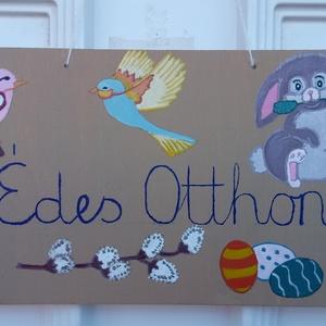Egyedi, kézzel festett ajtótábla: húsvét, Otthon & Lakás, Dekoráció, Ajtódísz & Kopogtató, Festett tárgyak, Egyedi, kézzel festett fa ajtótábla.\n31,5 cm x 16 cm\nAkármilyen rajzzal, üzenettel, bármely méretben..., Meska