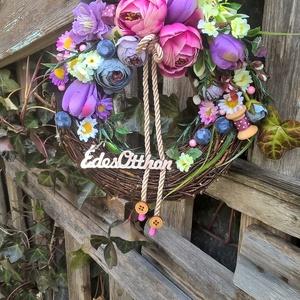 vesszős tavaszi, Ajtódísz & Kopogtató, Dekoráció, Otthon & Lakás, Szövés, Virágkötés, Egy 20 cm átmérőjű cirok alapra vesszőt dolgoztam,majd selyem virágokkal,gipsz termésekkel,száraz te..., Meska