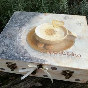 Teás,kávés doboz , Dekoráció, Otthon & lakás, Konyhafelszerelés, Egyéb, Lakberendezés, Decoupage, transzfer és szalvétatechnika, Festészet, Egyedileg kialakított doboz tárolókkal. A hosszú tároló a 3:1 ben kávé méreteire kialakitva.\nMérete:..., Meska