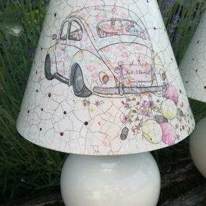 Szerelem fénye, Asztali lámpa, Lámpa, Otthon & Lakás, Decoupage, transzfer és szalvétatechnika, Festészet, Asztali lámpa,krém zsínű kerámia talpal. A lámpa búrája festett és repedezett felületű. A lámpa mére..., Meska
