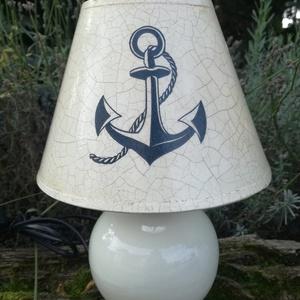 Tengerész lámpa , Otthon & Lakás, Festészet, Asztali lámpatengerész stílusban  fehér  kerámia talppal. A lámpa búrája festett és repedezett felül..., Meska