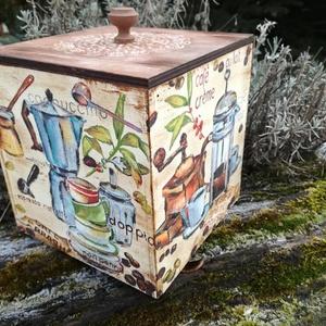 Kávés doboz , Konyhafelszerelés, Otthon & lakás, Egyéb, Dekoráció, Decoupage, transzfer és szalvétatechnika, Festészet, Kávés , cukorkás vagy bonbonos fa doboz, 16x16x16 os méretben\n, Meska