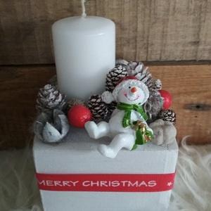 Hóemberes téli dísz, Otthon & Lakás, Karácsony & Mikulás, Karácsonyi dekoráció, Mindenmás, Jópofa hóemberes téli asztaldísz.\nMéret: kb. 9x9x15 cm, Meska