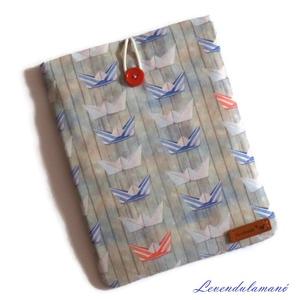 """Papírhajók könyvszütyő, Táska, Divat & Szépség, Táska, Egyéb, Otthon & lakás, Varrás, Szereted magaddal vinni a könyveidet, de valahogy mindig \""""szamárfülesek\"""" lesznek? Előfordult már, ho..., Meska"""