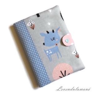 Kék őzike Egészségügyi kiskönyv borító, Otthon & Lakás, Papír írószer, Könyv- és füzetborító, Varrás, Ezzel az aranyos mintás textilborítóval egyedi, szép külsőt adhatunk a sokszor használt orvosi kiskö..., Meska