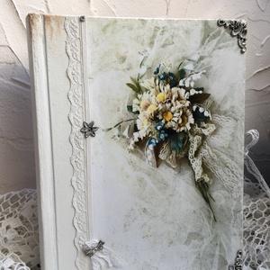 Esküvői fotóalbum, Esküvő, Otthon & lakás, Naptár, képeslap, album, Fotóalbum, Decoupage, transzfer és szalvétatechnika, Nincs is szebb és maradandóbb ajándék mint egy szép fotóalbum és vendég könyv az ifjú párnak :) \nA f..., Meska