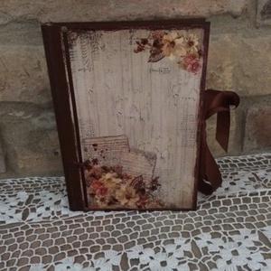 Rózsás napló, Otthon & lakás, Bútor, Férfiaknak, Konyhafelszerelés, Könyvkötés, Decoupage, transzfer és szalvétatechnika, Ez a napló nagyszerű választás bármilyen alkalomra ajándékként , de persze saját részre is :)\nTeljes..., Meska
