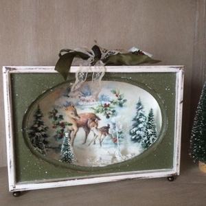 Karácsonyi mesedoboz, Karácsony, Karácsonyi dekoráció, Decoupage, transzfer és szalvétatechnika, Karácsonyi mesedoboz erdei változata!\nMérete 21x16x7 cm\nKésztermék azonnal szállítható!\n\nKöszönöm, h..., Meska
