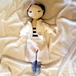 Mimi baba, Öltöztethető baba, Baba & babaház, Játék & Gyerek, Baba-és bábkészítés, Varrás, 40 cm magas  textilbaba  levehető ruhákkal.Strapabíró összeállìtás. Játékként 2 éves kortól ajánlott..., Meska