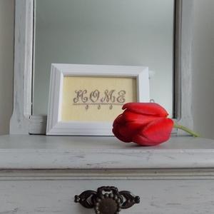 Otthon, Otthon & Lakás, Dekoráció, Fehér keretbe foglalt hímzés:-) Előszobába képzelem el, de bárhova helyezheted otthonodban. A hímzet..., Meska