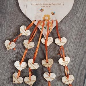Ajándék pedagógusoknak, Színes, díszes lézervágott fa szívecske óvó néninek, Ballagási ajándék, Dísztárgy, Dekoráció, Otthon & Lakás, Gravírozás, pirográfia, Famegmunkálás, A képen látható díszes, színes fa szív a hozzá tartozó kis szívecskékkel kíváló ajándék lehet pedagó..., Meska