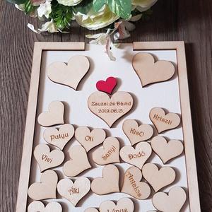 Különleges Esküvői Vendégkönyv fából, szivecskékkel, Nászajándék, Köszönet ajándék, Esküvő, Dekoráció, Otthon & lakás, Nászajándék, Esküvői dekoráció, Gravírozás, pirográfia, Famegmunkálás, A képen látható exkluzív fa fehérre festett vendégkönyvünk, elején plexi borítással készül, közepén ..., Meska