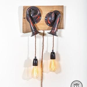 DUPLA AUTÓKÜRT-LÁMPA, loft lámpa, indusztriál loft, indusztriális, lakberendezés, újragondolt, recycle art, Otthon, lakberendezés, Lámpa, Fali-, mennyezeti lámpa, Fémmegmunkálás, Famegmunkálás, A fő darab eredetileg dupla autó- vagy hajókürtként szolgált. A felületét teljesen újjáépítettem, m..., Meska
