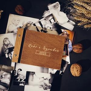Fotóalbum, A4 méretben, világos gravírozással, fényképalbum, esküvői fotóalbum, fotókönyv, Album & Fotóalbum, Emlék & Ajándék, Esküvő, Famegmunkálás, A4 méretben (30 x 21 cm).\nVastag (Instax, Polaroid képhez), vagy 40 db-nál több fotó beragasztásához..., Meska