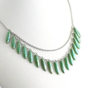 Türkizzöld gyöngyös nyaklánc / Nemesacél nyaklánc zöld üveggyöngyökkel / Női ékszer, gyöngyékszer, ajándék nőknek, Ékszer, Nyaklánc, Gyöngyös nyaklác, Ékszerkészítés, Meska