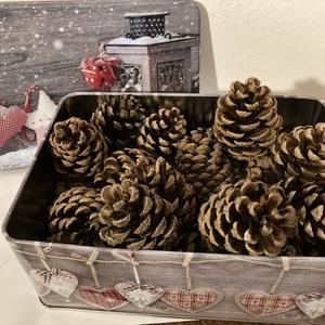 Fenyőtoboz, Fa, Egyéb fatermék, Mindenmás, Fenyőtoboz karácsonyi dekorációkhoz.\n\nA tobozok 4-5 cm magasak., Meska