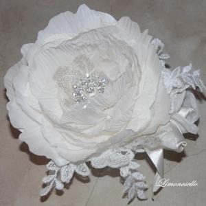 Törtfehér menyasszonyi virág hajdísz, fejdísz (Limoncsello) - Meska.hu