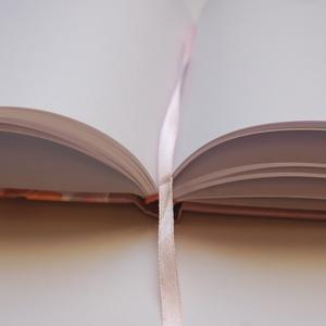 Bordó, Burgundy, Esküvői Emlékkönyv, Vendégkönyv, könyv, rózsa,mályva virágos, virág, elegáns, Esküvői vendégkönyv (LindaButtercup) - Meska.hu