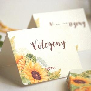 Esküvői ültetőkártya, ültető, Rusztikus, natúr, virágos ültető, ültetésirend, hely kártya, virágos esküvői dekoráció (LindaButtercup) - Meska.hu