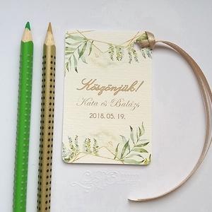 Köszönet kártya, ajándékkísérő, köszönet ajándék, esküvői kísérőkártya, köszönet lap, köszönjük, köszönöm, virágos, Köszönőajándék, Emlék & Ajándék, Esküvő, Festészet, Fotó, grafika, rajz, illusztráció, Igényes köszönetkártya, ajándékkísérő lyukasztva szalaggal kötve\n\n* MÉRETE: kb: 5.4 x 8 cm\nMás méret..., Meska