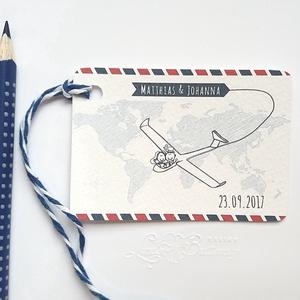 Köszönetkártya, utazós, világjáró ültető, ültetésirend, hely kártya, repülős esküvői dekoráció, Esküvő, Ültetési rend, Meghívó & Kártya, Igényes köszönetkártya, ajándékkísérő lyukasztva szalaggal kötve  * MÉRETE: kb: 5.4 x 8 cm Más méret..., Meska