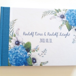 Kék Esküvői Emlékkönyv, Vendégkönyv, könyv, Esküvői vendégkönyv, kék hortenzia, kék virágos, kékvirág, világoskék, Esküvő, Nászajándék, Esküvői dekoráció, Naptár, képeslap, album, Otthon & lakás, Fotó, grafika, rajz, illusztráció, Könyvkötés, Esküvői emlékkönyv, vendégkönyv\nvilágoskék gerinccel és szalaggal\n\nMÉRET: \nFekvő A5\nHA szükséges más..., Meska
