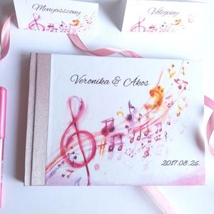 Esküvői Emlékkönyv, Rózsaszín, Vendégkönyv, virágos könyv, zene, zene szerelmese, hangjegyek, dal, hangjegy, romantikus (LindaButtercup) - Meska.hu