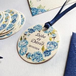 Kör Köszönetkártya, kör ajándékkísérő, esküvői dekoráció, virágkoszorú, virágos, címke, felirat, kör, kártya, Esküvő, Meghívó, ültetőkártya, köszönőajándék, Esküvői dekoráció, Nászajándék, Fotó, grafika, rajz, illusztráció, Papírművészet, Köszönetkártya, ajándékkísérő lyukasztva szalaggal kötve\n\n* MÉRET: Átmérő: 4.2cm\nVálasztható méretek..., Meska
