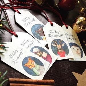 Állatos Karácsonyi Ajándékkísérő, erdei állat, Ünnepi kiskártya, ajándék, minimál design, szarvas, róka, maci, bagoly, Karácsonyi képeslap, Karácsony & Mikulás, Otthon & Lakás, Fotó, grafika, rajz, illusztráció, Mindenmás, Vinateg stílusú kraft-natúr Ajándékkísérő kártya csomagra\n\n1 CSOMAGBAN: 5db kártya van\n\n* Mérete: 9...., Meska