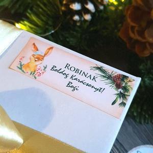 MATRICA, 14db, egyedi, névreszóló, nyuszi, nyúl, címke, Karácsonyi Ajándékkísérő, cédula, vignetta, levonó, sticker, Otthon & lakás, Dekoráció, Ünnepi dekoráció, Karácsony, Ajándékkísérő, Naptár, képeslap, album, Ajándékkísérő, Fotó, grafika, rajz, illusztráció, Mindenmás, 14db Egyedi Karácsonyi Téglalap Matrica\n\nMATRICA KIVITELEZÉSE:\n* A4-es matrica lapon\n* Könnyen lehúz..., Meska