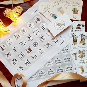 Adventi kalendár matrica, adventi naptár, karácsonyi matrica, karácsonyi csomagolás, ajándékkísérő, Karácsony & Mikulás, Adventi naptár, Fotó, grafika, rajz, illusztráció, Mindenmás, Adventi naptárhoz és karácsonyi csomagoláshoz \nMatrica és ajándékkísérő szett\n\nA CSOMAG TARTALMA:\n* ..., Meska