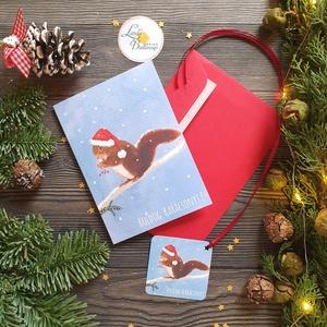 Mókusos Karácsonyi Képeslap ajándékkísérővel, Állatos, Mókus, Adventi lap, mikulásos, képeslap, Karácsony, Karácsonyi ajándékozás, Karácsonyi képeslap, üdvözlőlap, ajándékkísérő, Fotó, grafika, rajz, illusztráció, Mindenmás, Meska