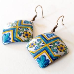 Spanyol mintás kék fehér tűzzománc fülbevaló, kék fülbevaló, négyzetes fülbevaló - Meska.hu
