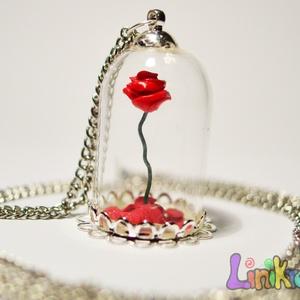 Rózsa búra alatt nyaklánc, szépség és a szörny, kisherceg Nagy, Ékszer, Nyaklánc, Medál, Gyurma, 70 cm hosszú láncon, 4 cm magas mini üvegbúrában egy hőre keményedő gyurmából készült rózsa. Néhány ..., Meska
