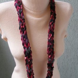 Téli nyaklánc bordó-szürke színekben  (Lintu) - Meska.hu